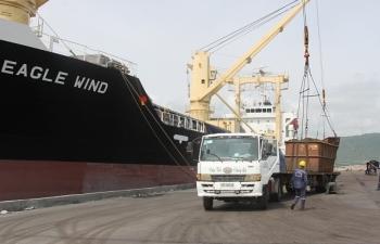 Hải quan cảng Hòn La thu ngân sách vượt 12% chỉ tiêu giao