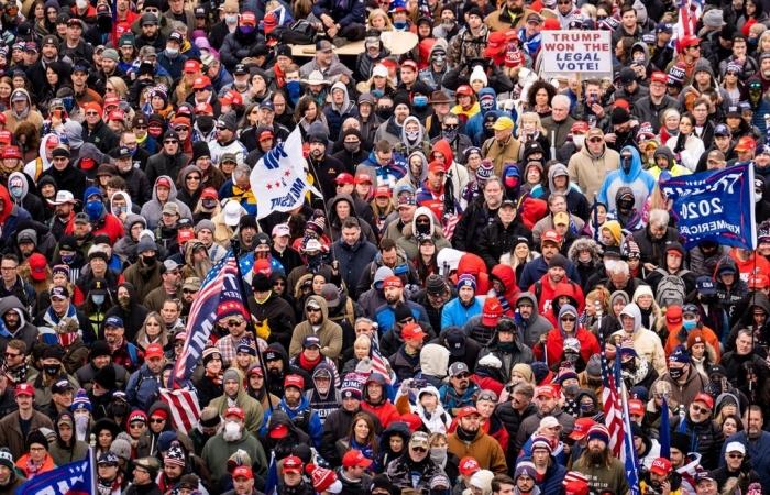 Sau bạo loạn sẽ là 'siêu lây nhiễm' COVID-19 tại Quốc hội Mỹ?