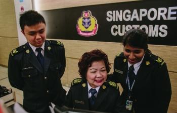 Hải quan Singapore chủ động ứng phó với đại dịch