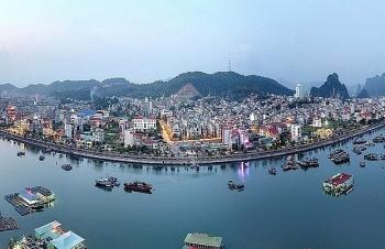 Quảng Ninh:  Phát triển kinh tế cảng biển, du lịch