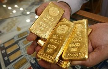 """USD ổn định trở lại, giá vàng tiếp tục """"rơi"""""""