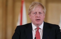 thu tuong anh boris johnson mac covid 19 tu cach ly o so 10 pho downing