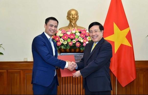 Thủ tướng bổ nhiệm ông Đặng Hoàng Giang giữ chức Thứ trưởng Ngoại giao