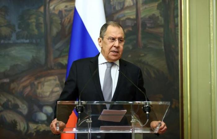Ngoại trưởng Nga kêu gọi Trung Quốc hạn chế sử dụng USD