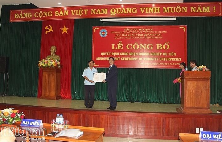 Công ty TNHH Công nghiệp nặng Doosan Việt Nam được công nhận là doanh nghiệp ưu tiên