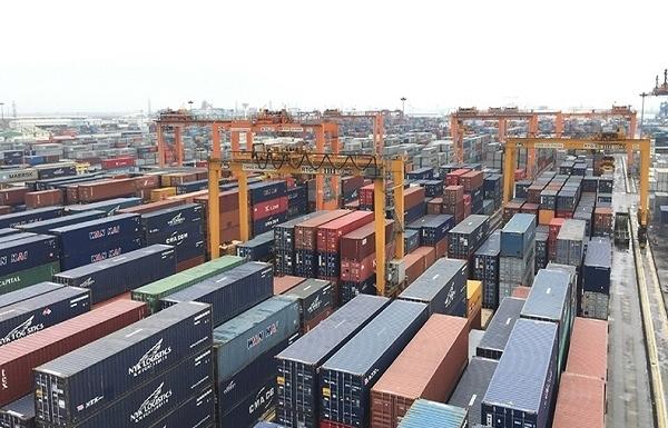 Hàng nghìn container phế liệu tồn bãi đã được thông quan