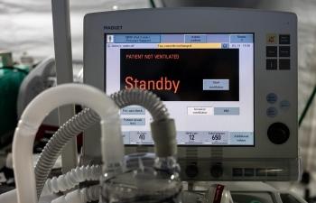 """Virus SARS-CoV-2 """"đánh lừa"""" khiến bệnh nhân rơi vào """"sự sụp đổ tuần thứ 2""""?"""