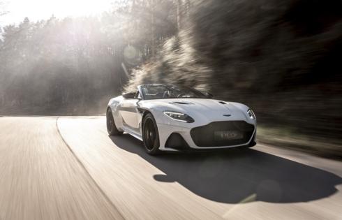 DBS Superleggera Volante: Chiếc mui trần nhanh nhất của Aston Martin
