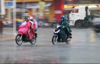 Nam Bộ đón đợt nắng nóng mới, Bắc Bộ mưa dông diện rộng