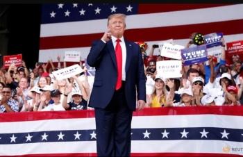 """Cứng rắn với Trung Quốc, Trump """"đánh cược"""" trong cuộc đua Tổng thống 2020?"""