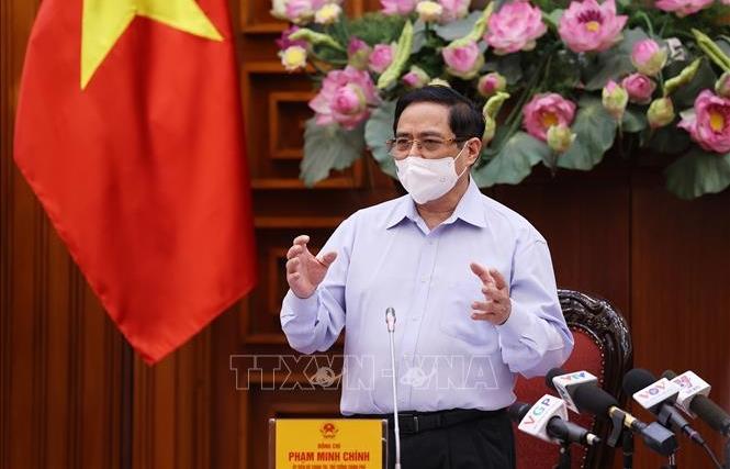 Thủ tướng: Ngành Y tế phải khắc phục ngay hạn chế, khó khăn, coi nhiệm vụ bảo vệ sức khỏe nhân dân là trên hết