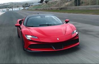 Ferrari ra mắt siêu xe hybrid SF90 Stradale