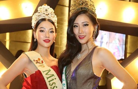 phuong khanh xuat hien quyen ru tai dem chung ket miss earth singapore 2019