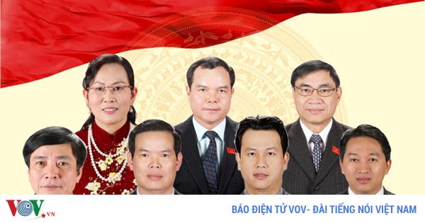 infographics 11 lanh dao bo nganh dia phuong vua duoc dieu dong luan chuyen
