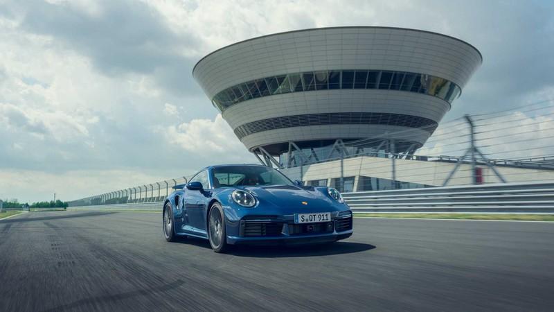 porsche ra mat 911 turbo va turbo cabriolet hinh 4