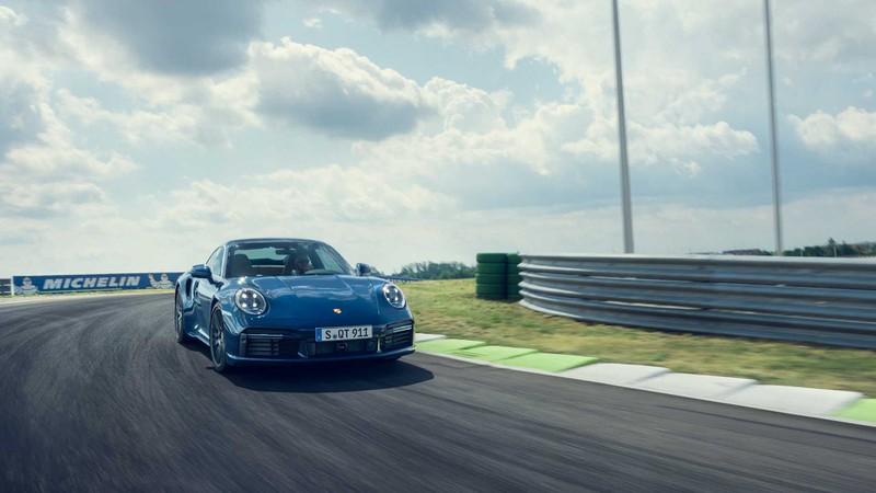 porsche ra mat 911 turbo va turbo cabriolet hinh 5
