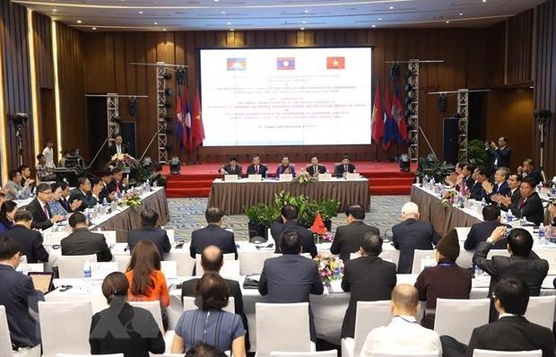 Hội nghị lần thứ 7 Ủy ban Đối ngoại Quốc hội Campuchia-Lào-Việt Nam