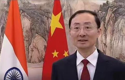 Đại sứ Trung Quốc và Australia tại Ấn Độ khẩu chiến vì Biển Đông