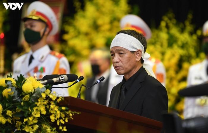 Xúc động lời tiễn biệt của con trai nguyên Tổng Bí thư Lê Khả Phiêu