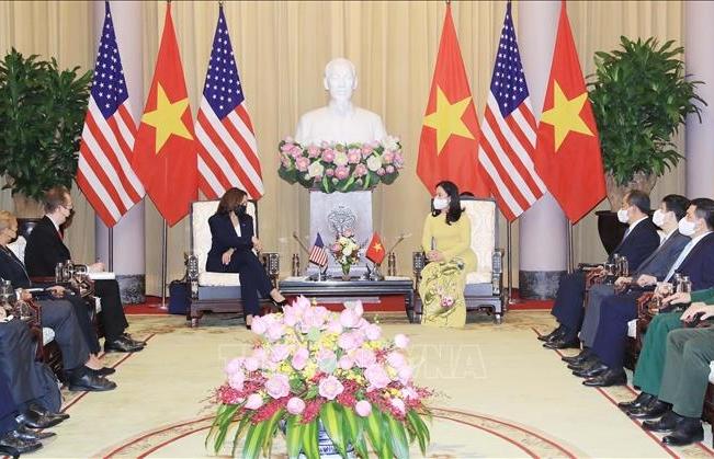 Phó Chủ tịch nước Võ Thị Ánh Xuân đón, tiếp Phó Tổng thống Hoa Kỳ Kamala Harris