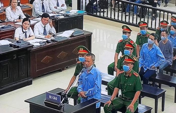 Xét xử vụ án giết người ở Đồng Tâm: Bị cáo Lê Đình Công xin lỗi gia đình 3 chiến sĩ đã hi sinh