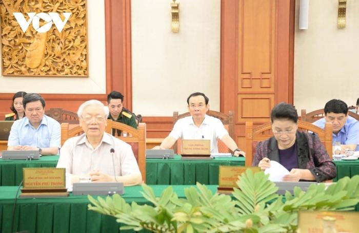 Bộ Chính trị làm việc (tuần thứ 4, đợt 2) về chuẩn bị ĐH các đảng bộ trực thuộc Trung ương