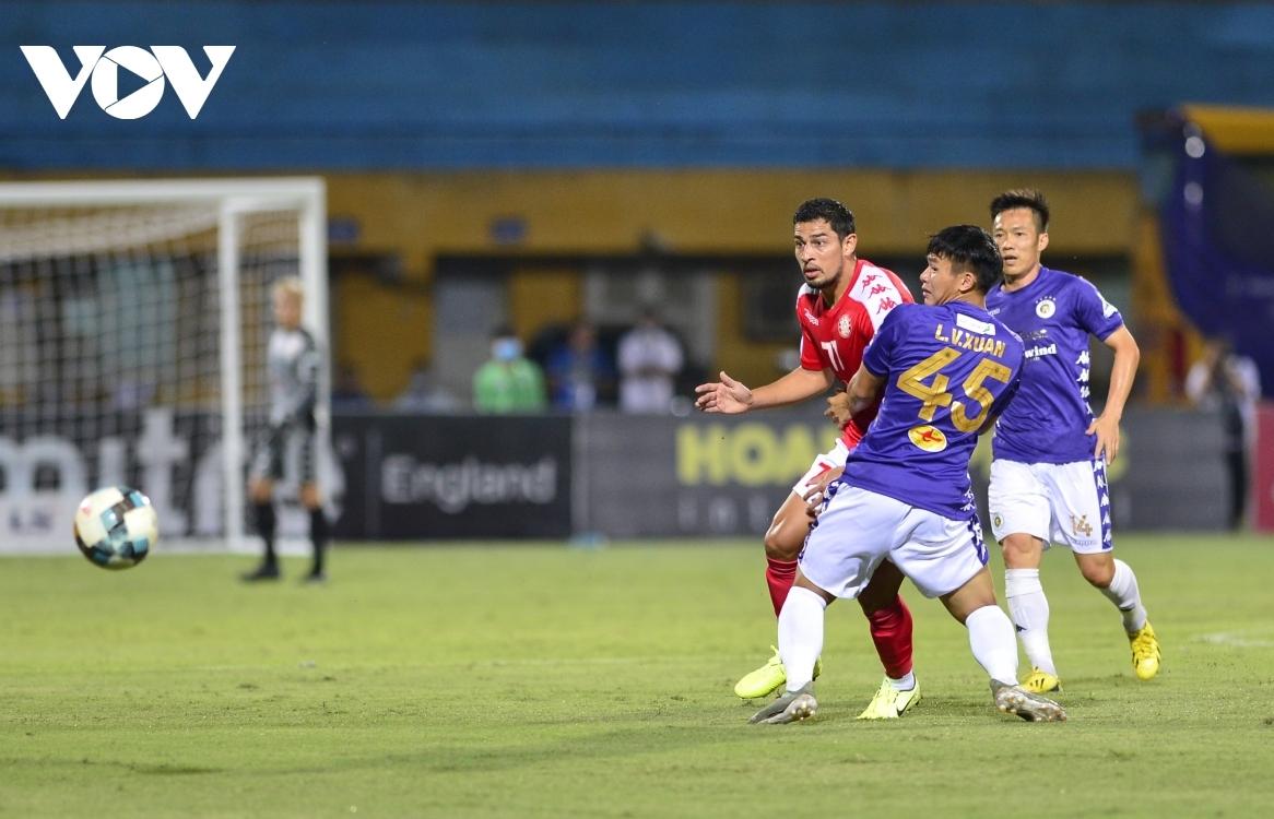 Văn Hậu chưa thể ra sân ở chung kết Cúp Quốc gia 2020