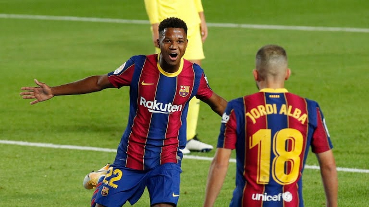 Ansu Fati khởi đầu chiến thắng tưng bừng của Barca. (Ảnh: Reuters)