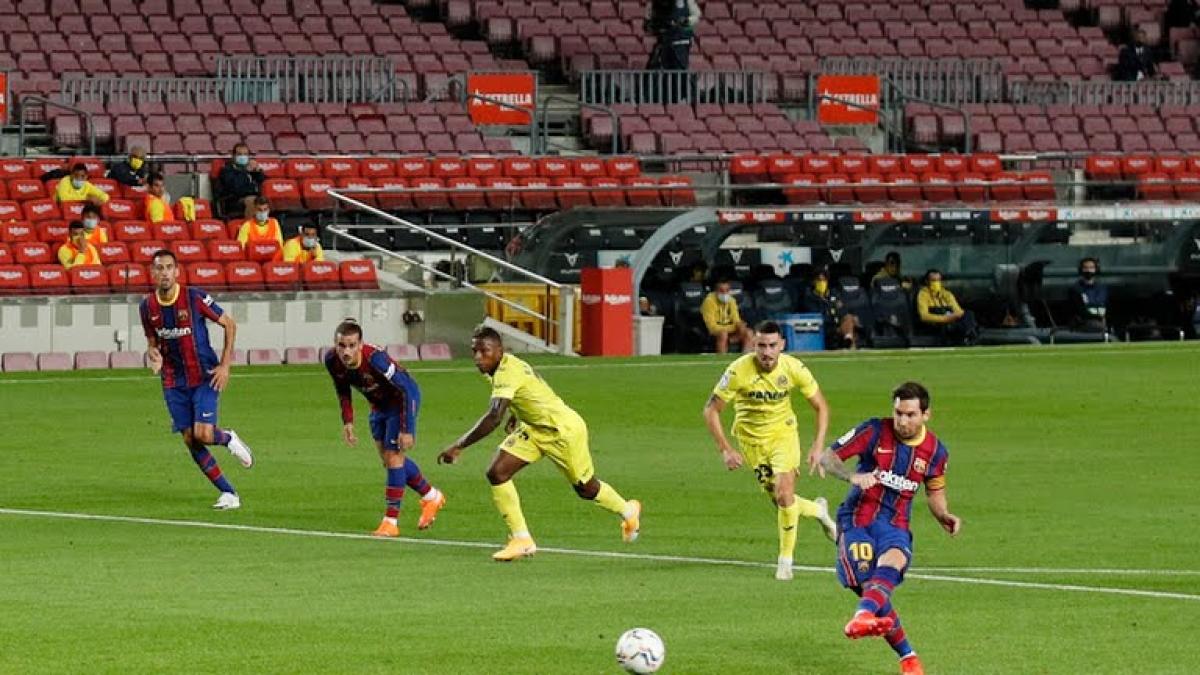Lionel Messi ghi bàn từ chấm phạt đền. (Ảnh: Reuters)