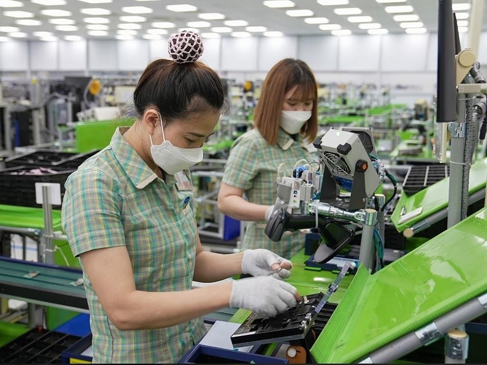 Hoạt động sản xuất tại Sam Sung Việt Nam