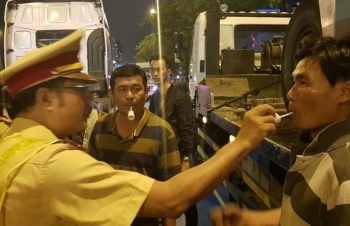 Uống rượu, bia vẫn tự lái xe về nhà: Phải xử phạt nghiêm minh