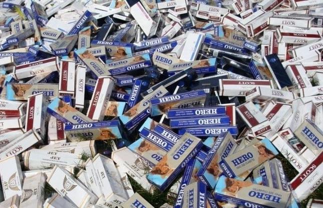 Buôn bán, vận chuyển, tàng trữ và giao nhận 1 bao thuốc lá lậu có thể bị phạt tới 3 triệu đồng