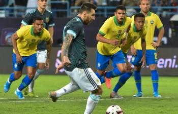 """Ghi bàn ngày trở lại, Messi có """"danh hiệu"""" đầu tiên cùng Argentina"""