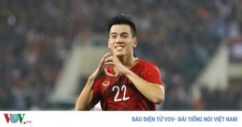 """Bảng xếp hạng VL World Cup 2022: Việt Nam sánh ngang các """"ông lớn"""""""