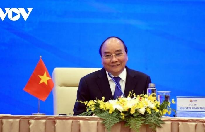 Thủ tướng dự Hội nghị Cấp cao APEC lần thứ 27: