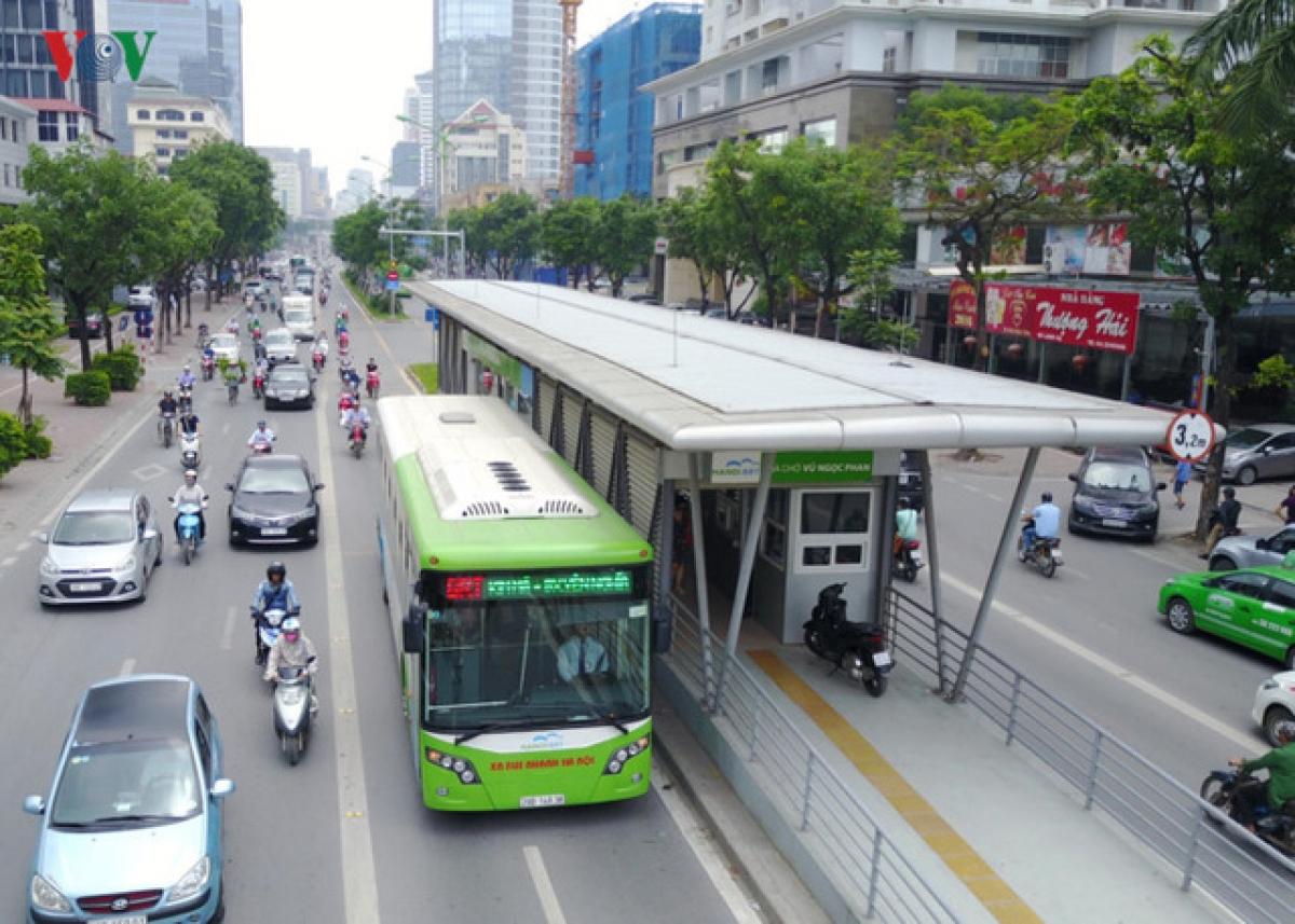 Tuyến BRT gần trăm triệu đô Yên Nghĩa - Kim Mã hiện tại luôn vắng khách.