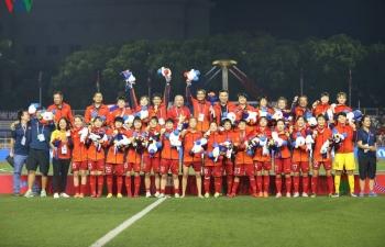 """ĐT nữ Việt Nam vô địch SEA Games 30: Tự hào về các """"nữ chiến binh"""""""