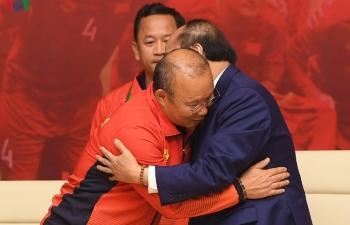 """Thủ tướng: """"Các đội tuyển góp phần rạng rỡ non sông đất Việt"""""""