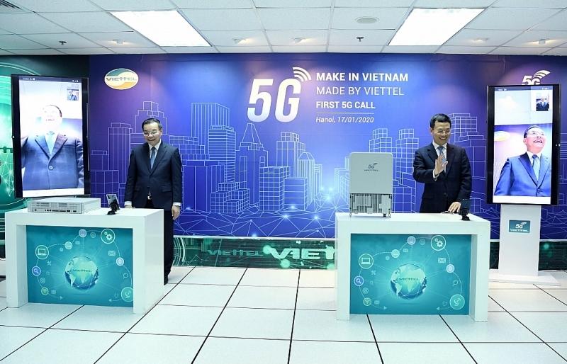 Viettel thực hiện cuộc gọi 5G đầu tiên trên thiết bị 5G Made by Viettel