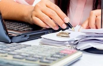 Đề xuất giảm 50% phí xử lý vụ việc cạnh tranh và phí, lệ phí trong lĩnh vực thương mại