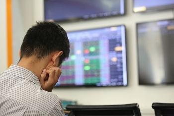 Tháng 8, kịch bản nào cho thị trường chứng khoán Việt Nam?