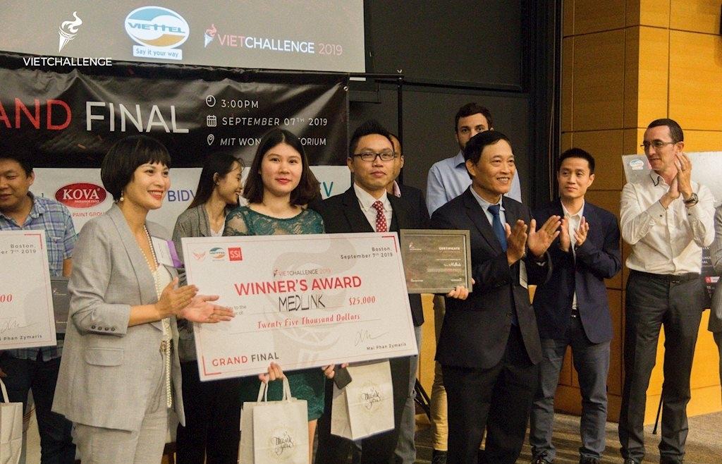 11 nước tích cực tham gia Cuộc thi tìm kiếm giải pháp chuyển đổi số quốc gia Viet Solutions