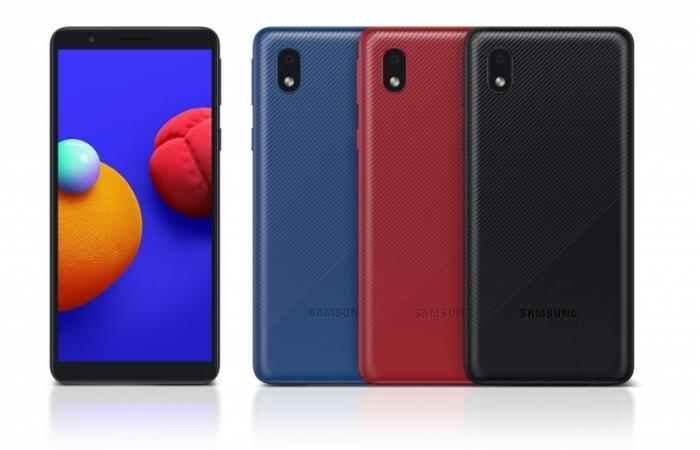 Viettel bán Samsung Galaxy A01 Core chỉ 1.790.000 đồng