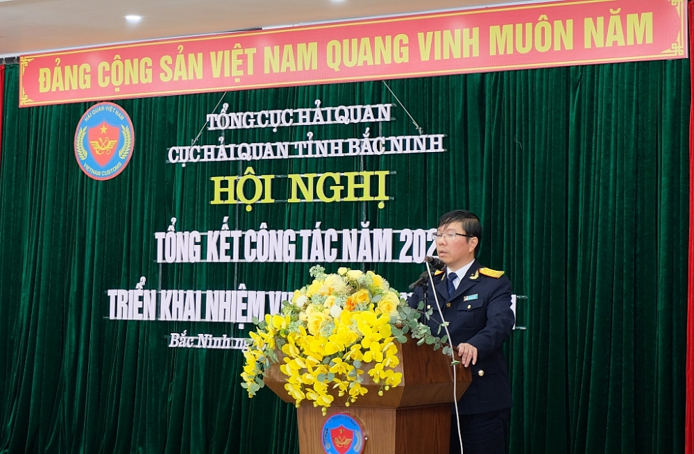 Phó Tổng cục trưởng Tổng cục Hải quan phát biểu tại hội nghị triển khai nhiệm vụ năm 2021 của Cục Hải quan Bắc Ninh. Ảnh: N.Linh