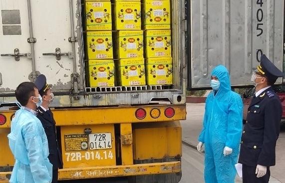 Kiểm dịch, khử trùng chặt chẽ phương tiện vận tải hàng hóa nhập cảnh vào Trung Quốc
