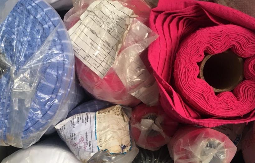 Thanh Hóa: Phát hiện 1,4 tấn vải nhập khẩu đưa đi sản xuất trái phép