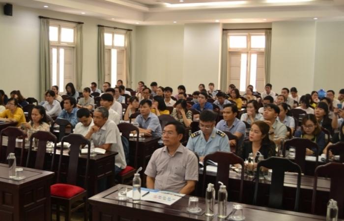 Cục Hải quan Thừa Thiên Huế tập huấn nghị định về thuế cho doanh nghiệp