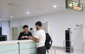 Hơn 272.000 khách xuất nhập cảnh qua sân bay quốc tế Nội Bài dịp Tết Nguyên đán