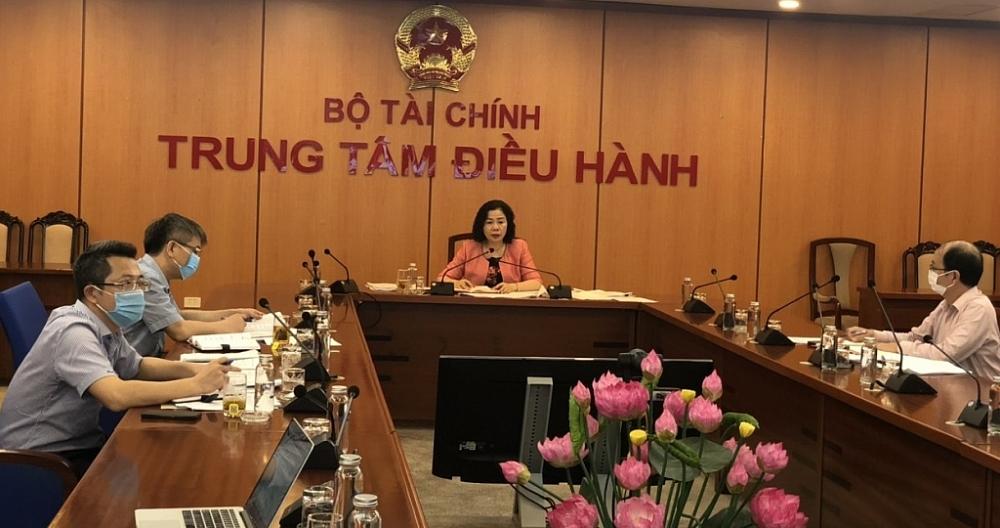 Thứ trưởng Bộ Tài chính Vũ Thị Mai chủ trì tại điểm cầu