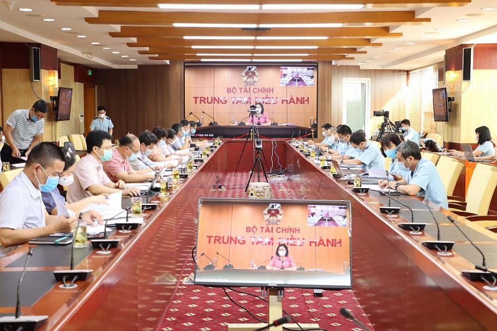 Các đại biểu tại điểm cầu Tổng cục Hải quan.